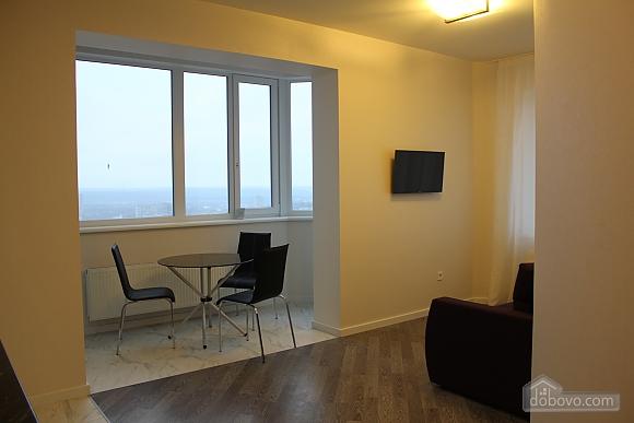 Apartment near the metro station, Zweizimmerwohnung (29222), 005