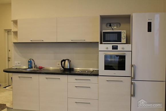 Apartment near the metro station, Zweizimmerwohnung (29222), 006