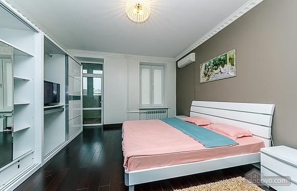 VIP апартаменты, 3х-комнатная (59475), 003