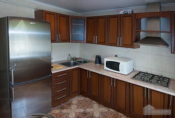 Хорошая квартира в Трускавце, 1-комнатная (11232), 002