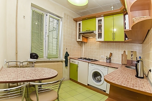 Studio apartment near NAU Shalimov railway station airport Zhulyany, Studio, 002