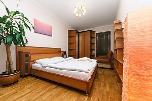 Huge apartment on the central street, Fünfzimmerwohnung, 001
