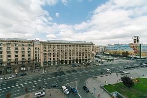 Huge apartment on the central street, Fünfzimmerwohnung, 011