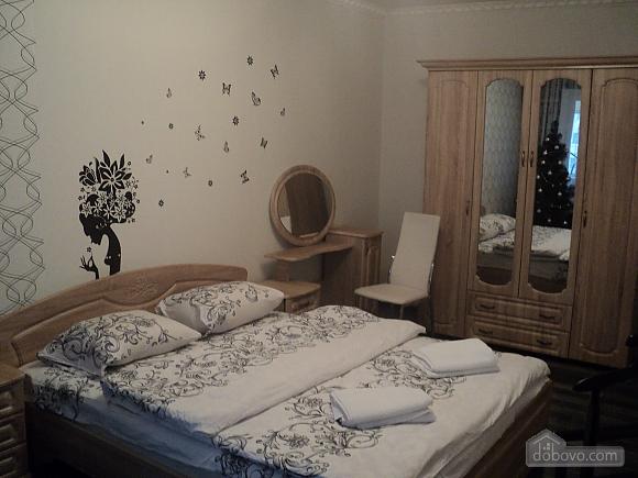 VIP-квартира, 1-комнатная (20668), 001
