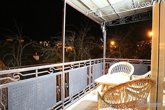 Квартира в центрі міста з терасою, 3-кімнатна (64665), 007