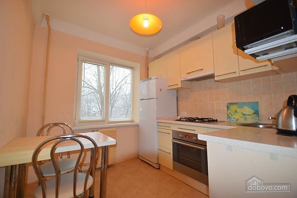 Квартира возле НАУ и института Шалимова, 3х-комнатная (70646), 002