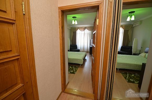 VIP квартира в центре города, 1-комнатная (88386), 004