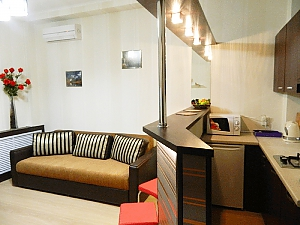 Apartment suite at Metro Pushkinska, Un chambre, 001