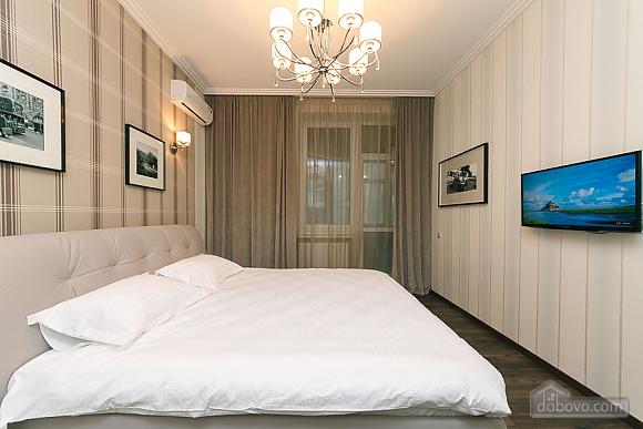 Apartment near metro Klovska, Two Bedroom (36844), 003