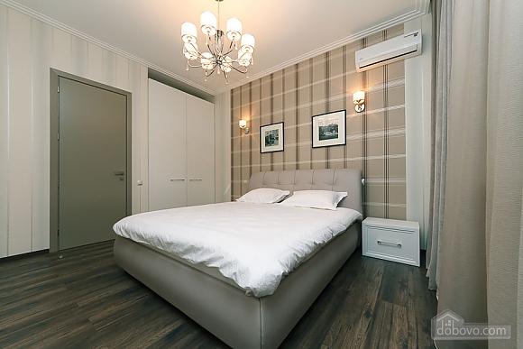 Apartment near metro Klovska, Two Bedroom (36844), 002