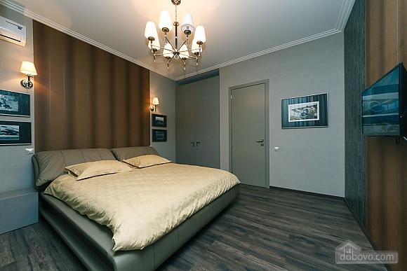 Apartment near metro Klovska, Two Bedroom (36844), 001