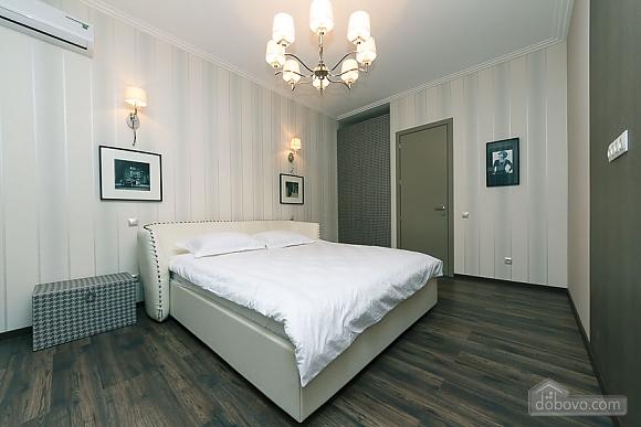 Apartment near metro Klovska, Two Bedroom (36844), 004