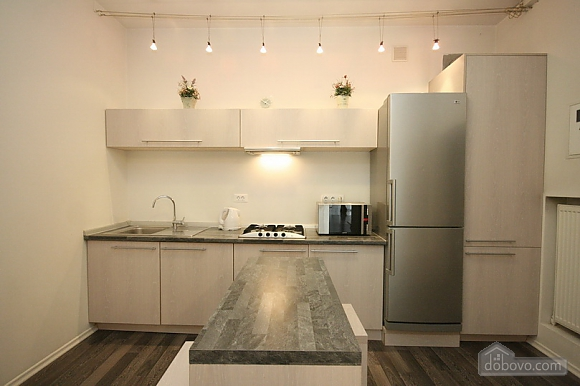Comfortable stylish centrally located apartment, One Bedroom (53734), 012