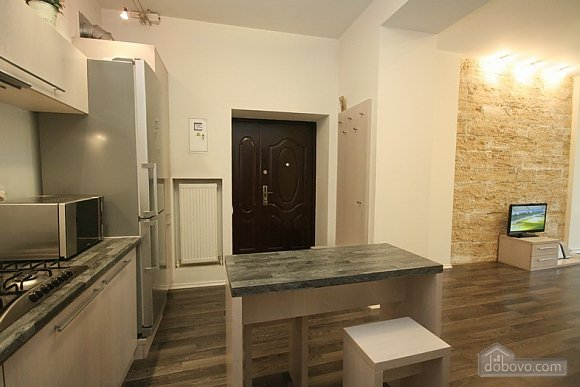 Comfortable stylish centrally located apartment, One Bedroom (53734), 015