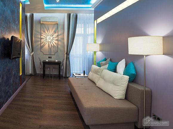 Дизайнерська квартира біля Майдану Незалежності, 2-кімнатна (38858), 001