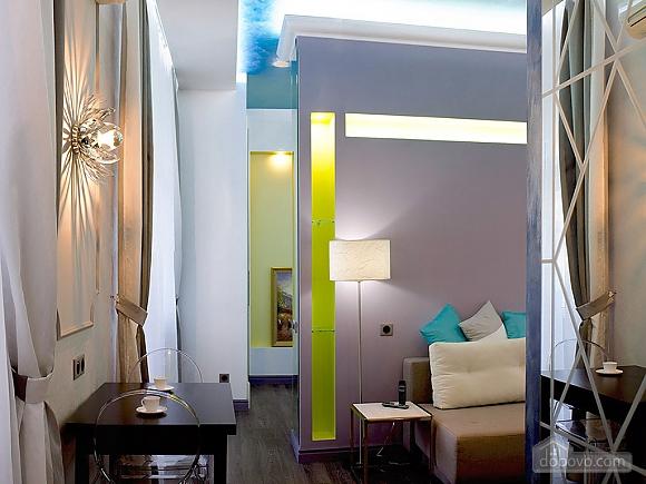 Дизайнерська квартира біля Майдану Незалежності, 2-кімнатна (38858), 004