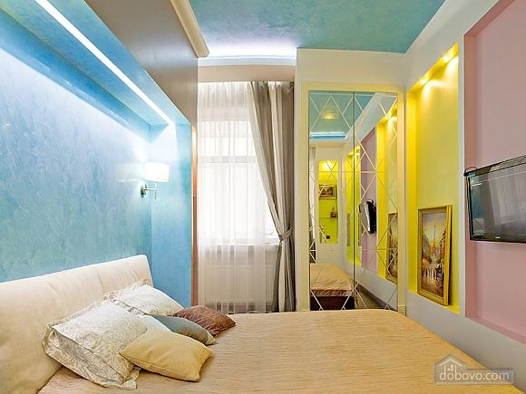 Дизайнерська квартира біля Майдану Незалежності, 2-кімнатна (38858), 005