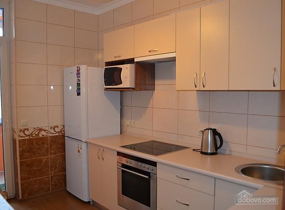 Квартира в новом доме, 1-комнатная (10449), 002