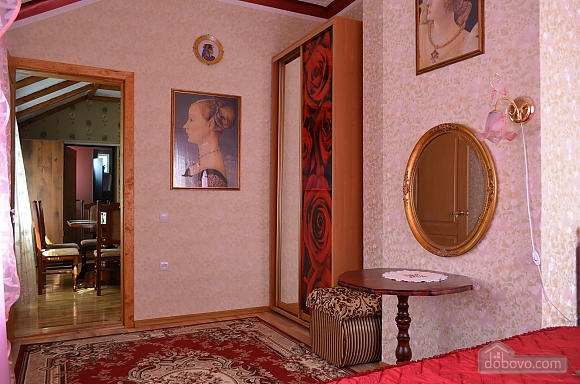 Classic style apartment, Tre Camere (76640), 013