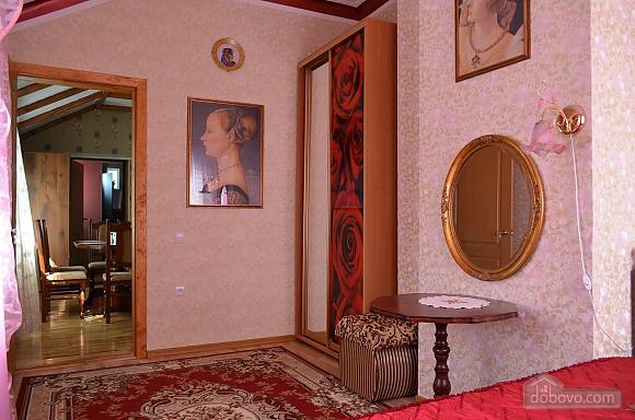 Апартаменты в классическом стиле, 4х-комнатная (76640), 013