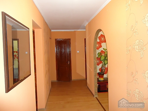 Cozy large apartment, Three Bedroom (67909), 010