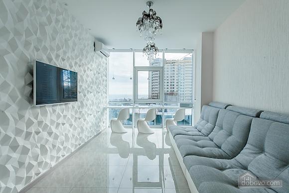 Светлая квартира в Аркадии, 2х-комнатная (96260), 004