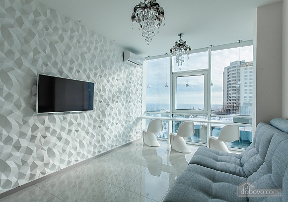 Светлая квартира в Аркадии, 2х-комнатная (96260), 005