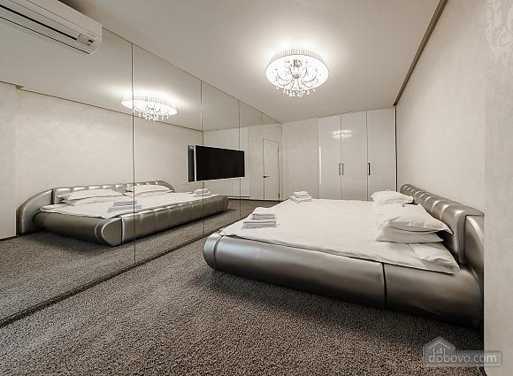 Светлая квартира в Аркадии, 2х-комнатная (96260), 006