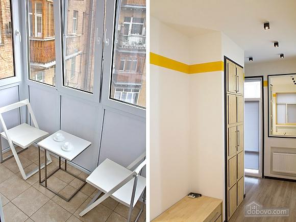 Дизайнерська квартира на Майдані Незалежності (сніданок в подарунок), 2-кімнатна (63531), 004