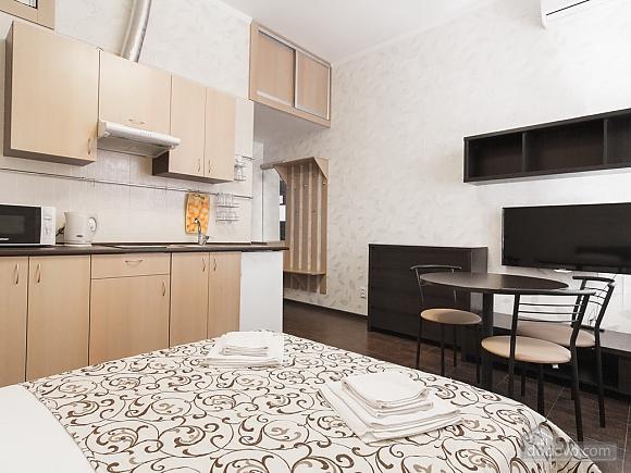 Затишна квартира на Катерининській, 1-кімнатна (11412), 010