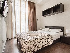 Big apartment at the Ekaterininska, Un chambre, 001