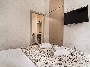 Big apartment at the Ekaterininska, Un chambre, 003