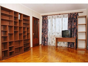Apartment next to Bolshevik mall, Due Camere, 003