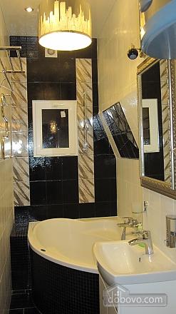 Квартира на центральной улице, 1-комнатная (48516), 004