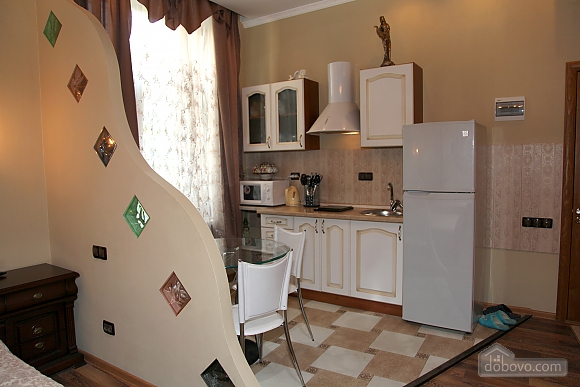 Квартира на центральній вулиці, 1-кімнатна (48516), 005