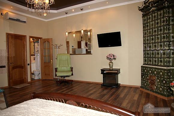 Квартира на центральной улице, 1-комнатная (48516), 011