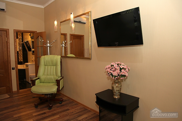 Квартира на центральній вулиці, 1-кімнатна (48516), 014