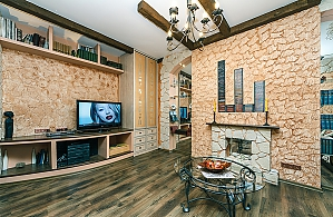 Apartment with designer renovation, One Bedroom, 002