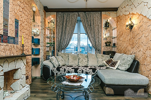 Квартира с дизайнерским ремонтом, 2х-комнатная (56492), 005