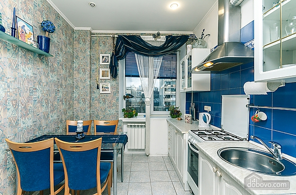 Квартира с дизайнерским ремонтом, 2х-комнатная (56492), 007
