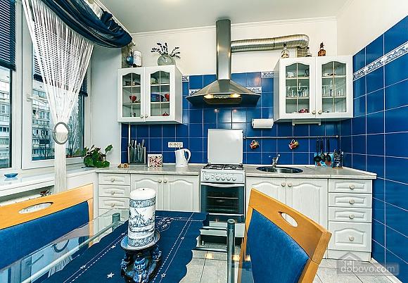 Квартира с дизайнерским ремонтом, 2х-комнатная (56492), 009