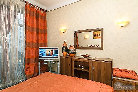 Квартира с дизайнерским ремонтом, 2х-комнатная (56492), 010