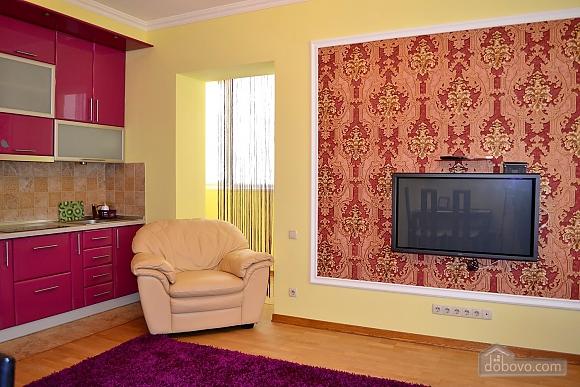Апартаменты в элитном доме, 2х-комнатная (31057), 002