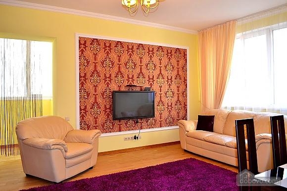 Апартаменты в элитном доме, 2х-комнатная (31057), 003