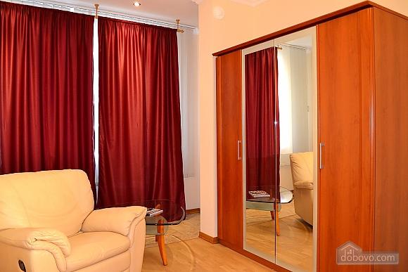 Апартаменты в элитном доме, 2х-комнатная (31057), 007
