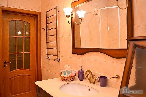Апартаменты в элитном доме, 2х-комнатная (31057), 009