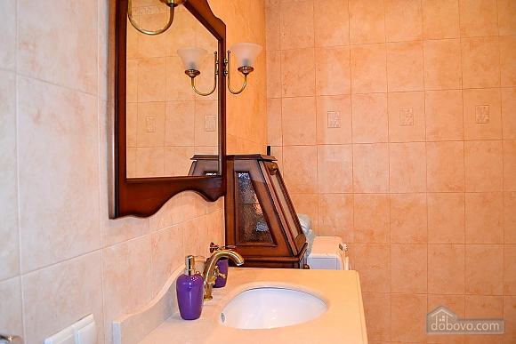 Апартаменты в элитном доме, 2х-комнатная (31057), 010