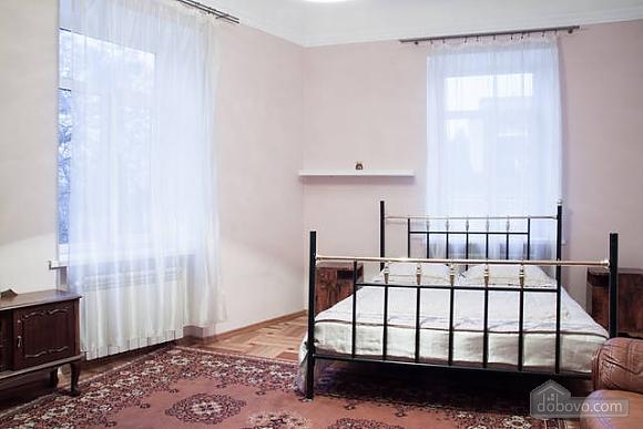 Квартира в центрі міста, 2-кімнатна (66231), 011