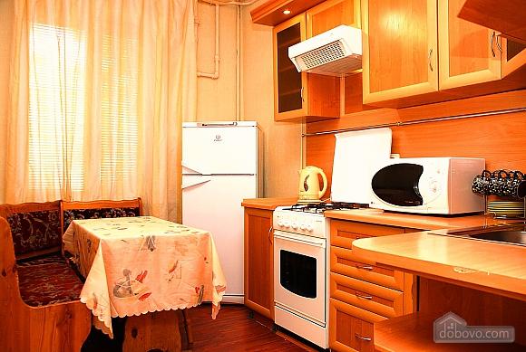 Apartment with mirror ceiling, Studio (96025), 009