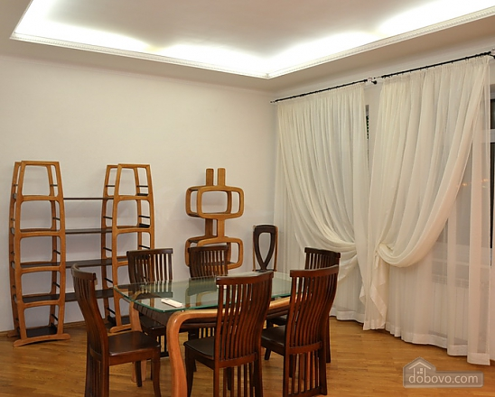 Big apartment in the city center, Three Bedroom (95225), 006